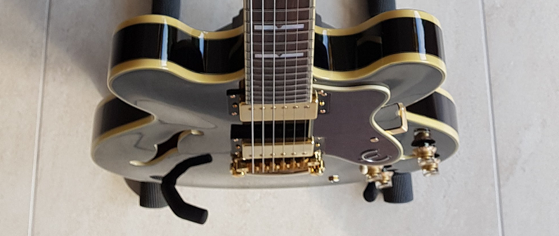Picking an electric guitar (again) – moved!